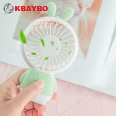 Маленький настольный вентилятор