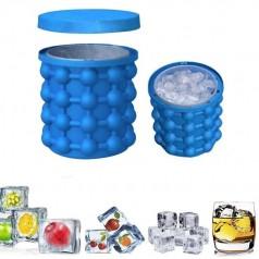 Удобная силиконовая формочка для кубиков льда