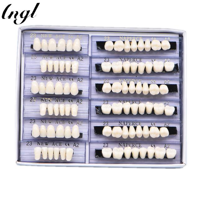 Набор отдельных зубных протезов