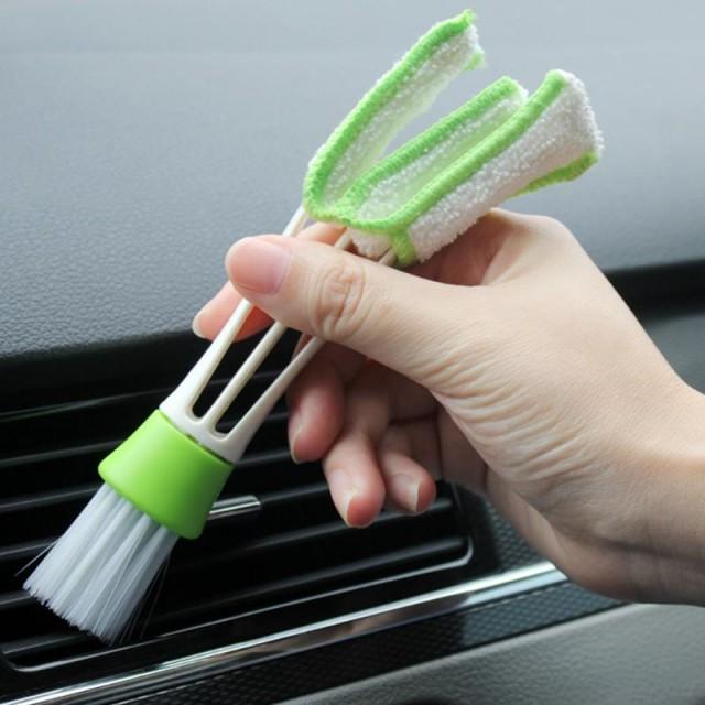 щетка для чистки зазоров и узких мест в автомобиле